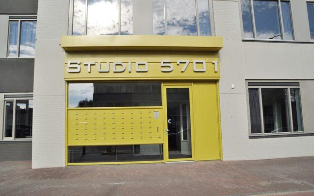 Studio 5701 voorgevel